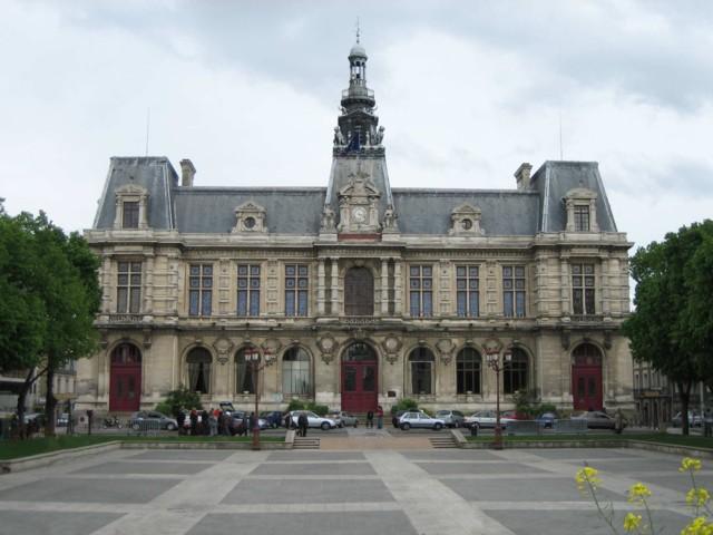 Présentation touristique de Poitiers et de la Vienne